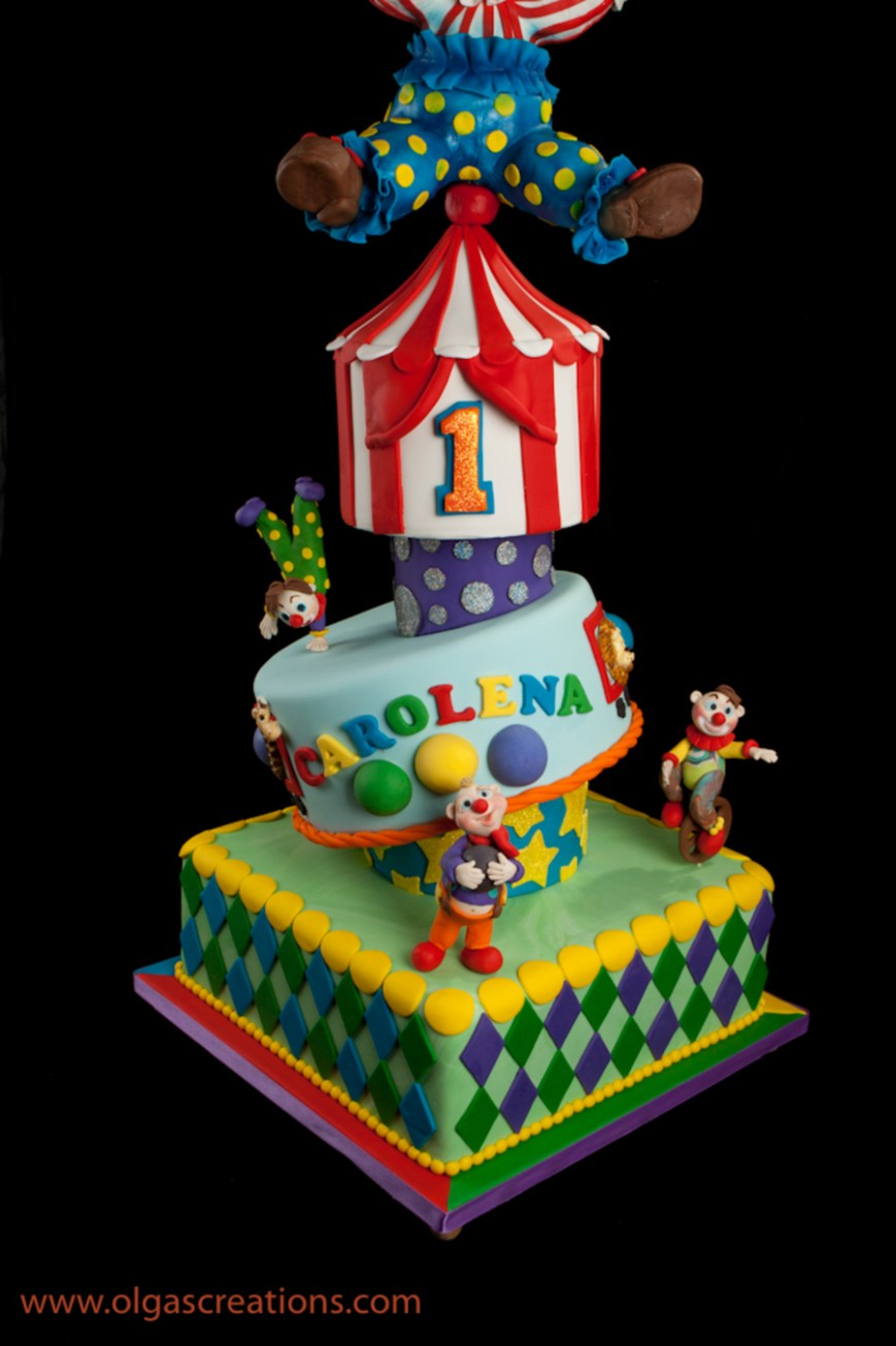 Circus Birthday Cakes Big Top Circus 1st Birthday Cake Cakecentral
