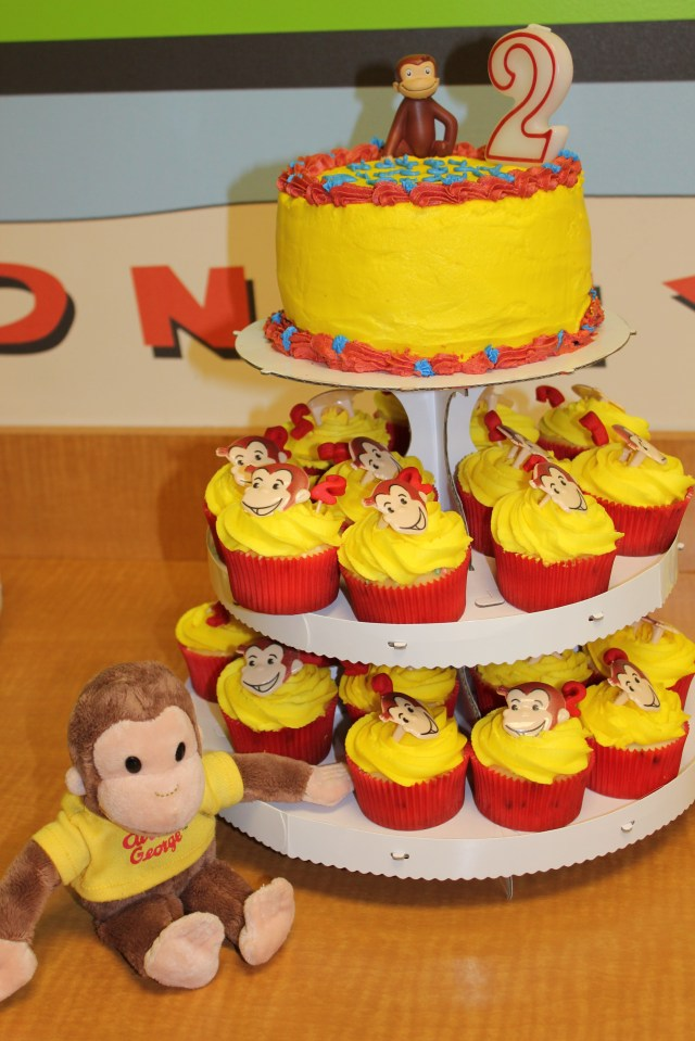 Curious George Birthday Cake Curious George Cupcakes Birthdays My Way Pinterest Curious