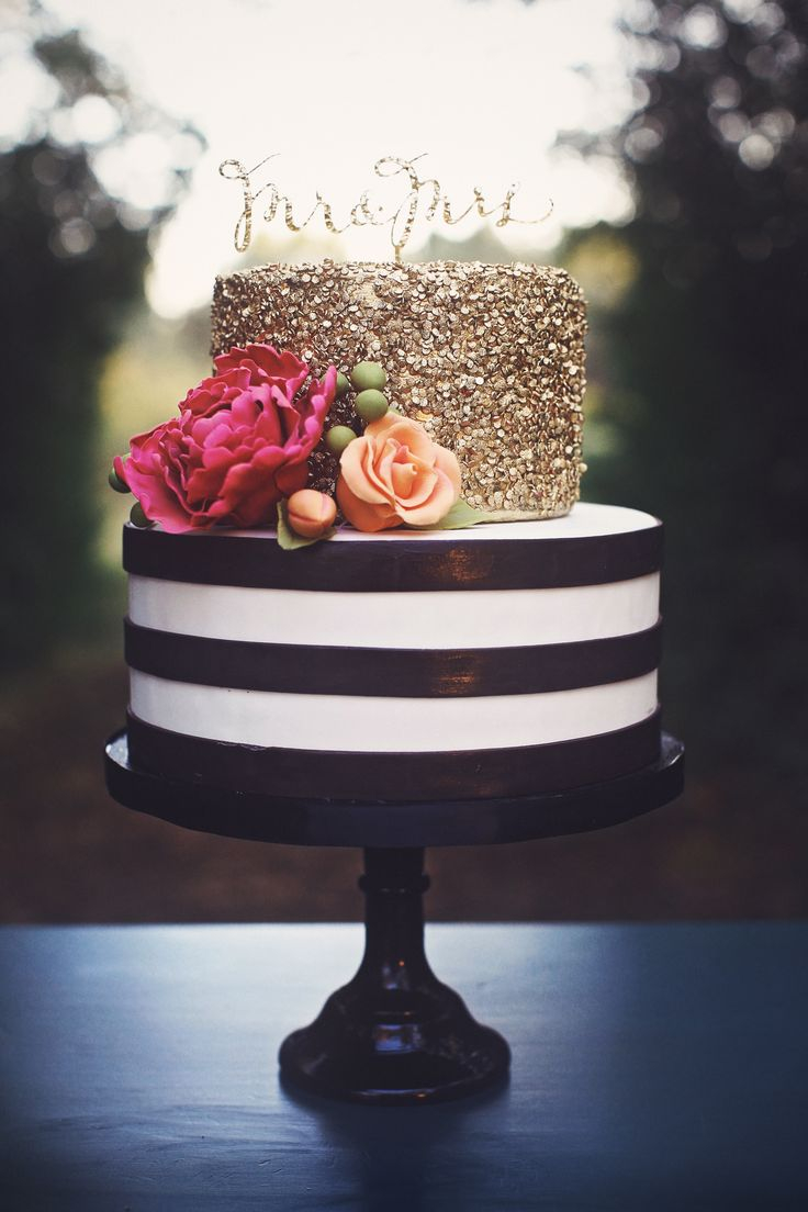 Elegant Birthday Cake Images 7 Small Black Elegant Birthday Cakes Photo Elegant Two Tier