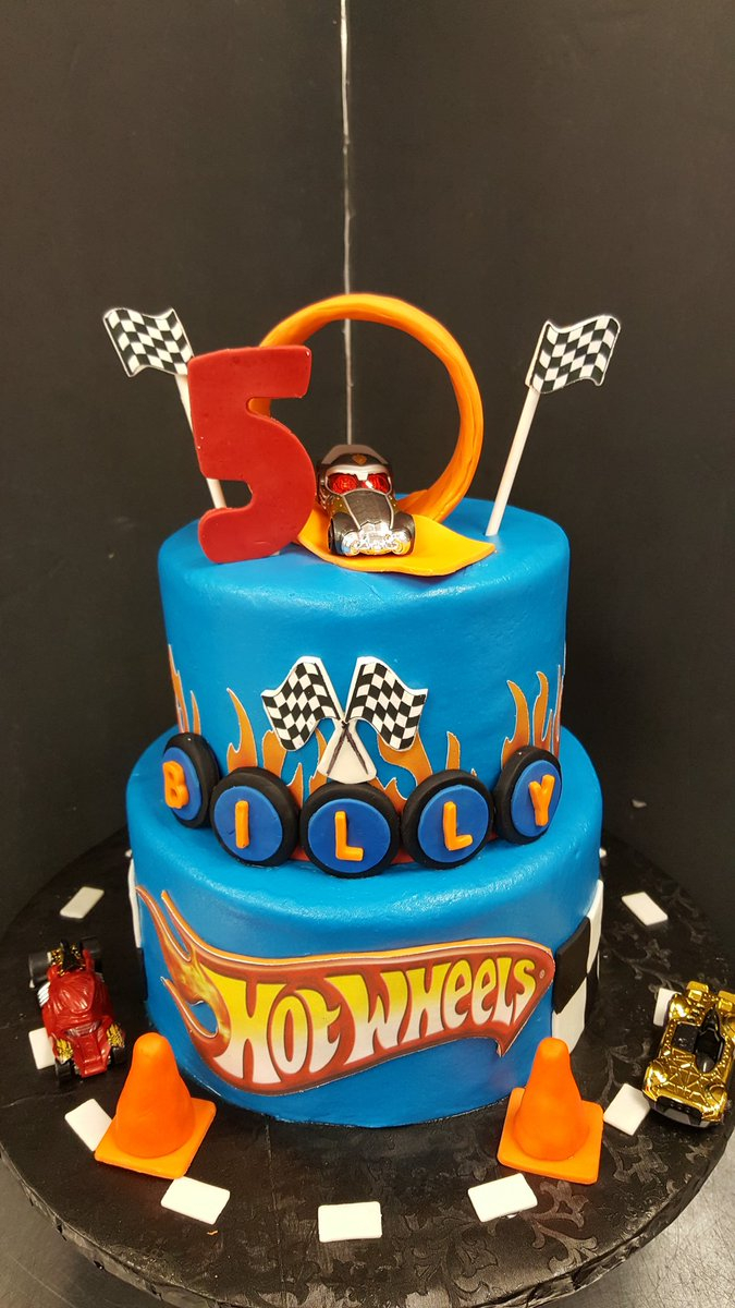 Hot Wheels Birthday Cake Ashlees Cakes On Twitter Hot Wheels Cake Ashleescakes