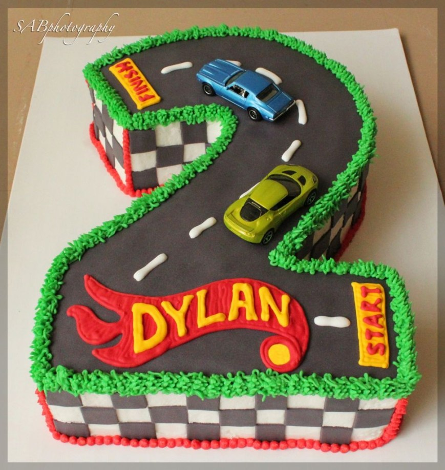 Hot Wheels Birthday Cake Hot Wheels Cakes Hot Wheels Birthday Party Stuff Pinterest Hot