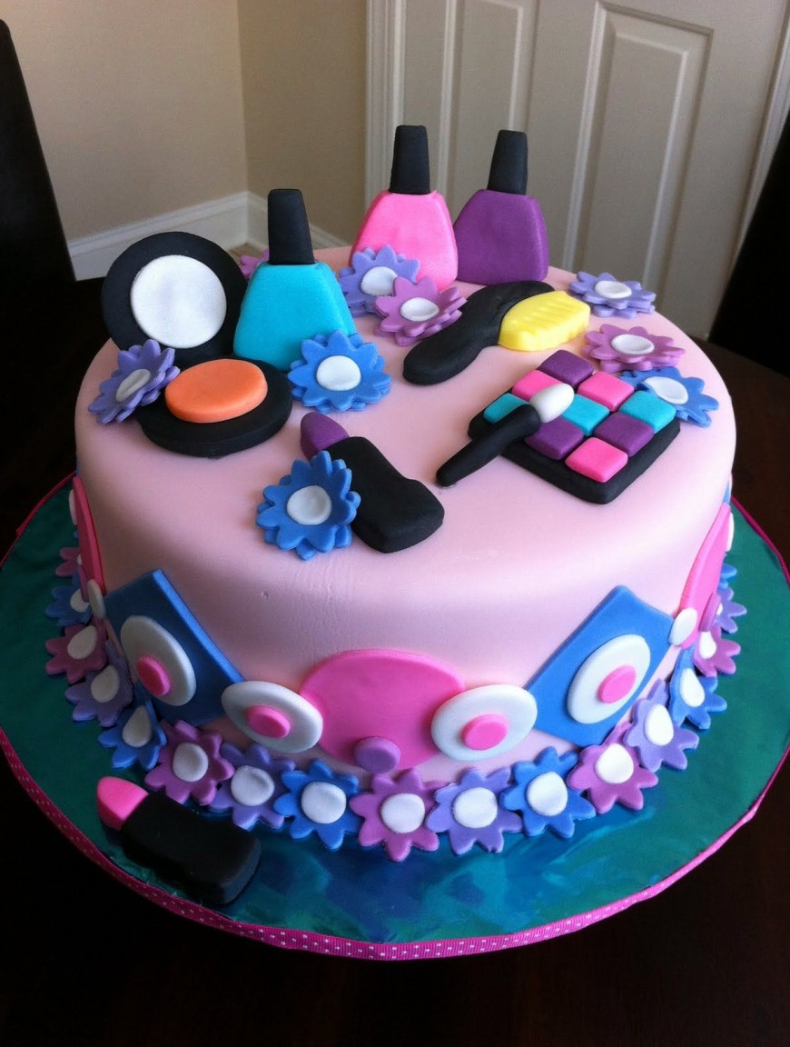 Ladies Birthday Cakes Spa Themed Birthday Cake Birthday Pinterest Cake Birthday