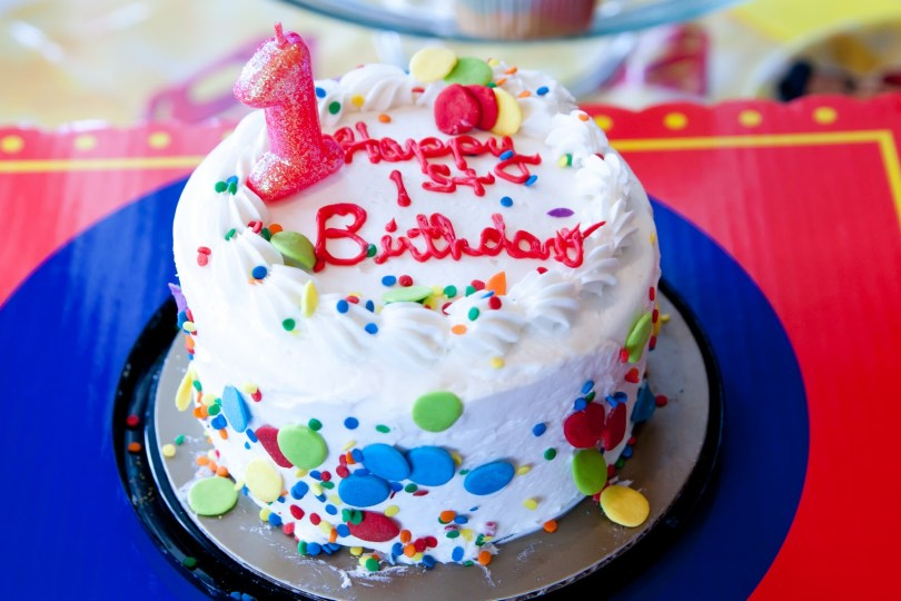 Mcdonalds Birthday Cake Cakes Without The Halal Logo Will Not Be Allowed In Mcds
