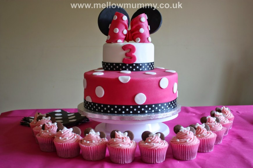 Minnie Mouse Birthday Cake Mellow Mummy The One With The Spotty Minnie Mouse Birthday Cake