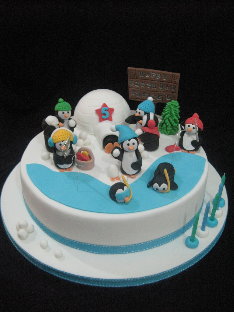 Penguin Birthday Cake Penguin Birthday Cake Made For A Really Lovely Lady And He Flickr