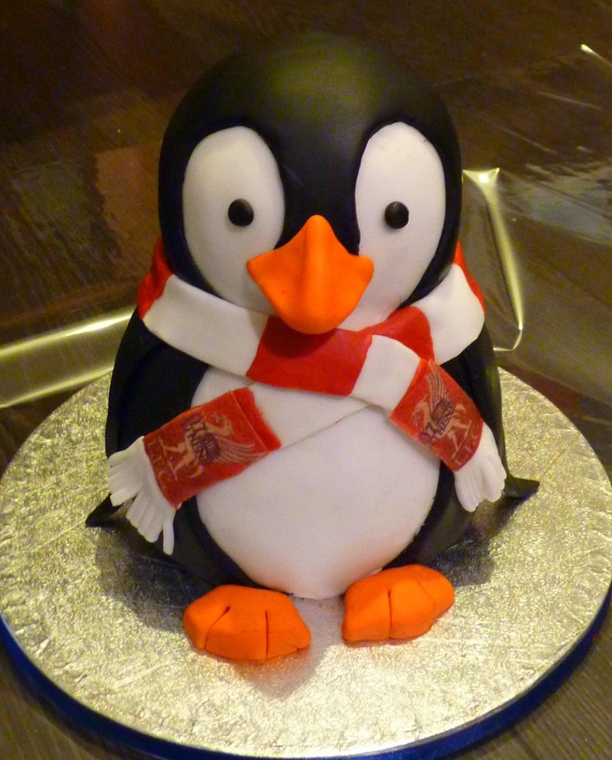 Penguin Birthday Cake Penguin Cake Cakes Pinterest Cake Penguin Cakes And Birthday Cake