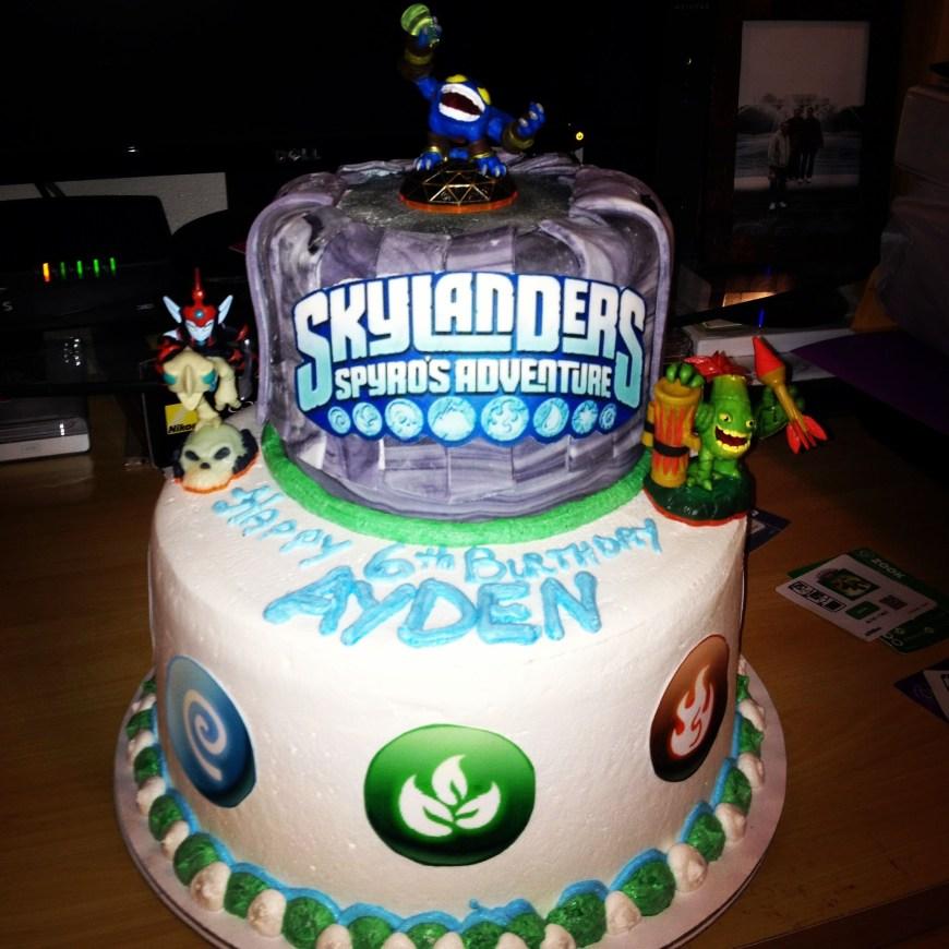 Skylander Birthday Cake Pin Rose Mary Coppage On Birthday Parties Birthday Birthday