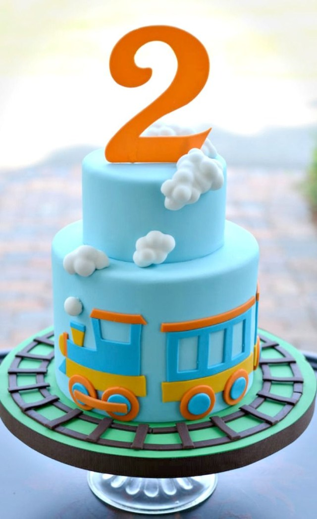 Train Cakes For Birthdays Little Train Cake Cakes Pinterest Cake Birthday Cake And