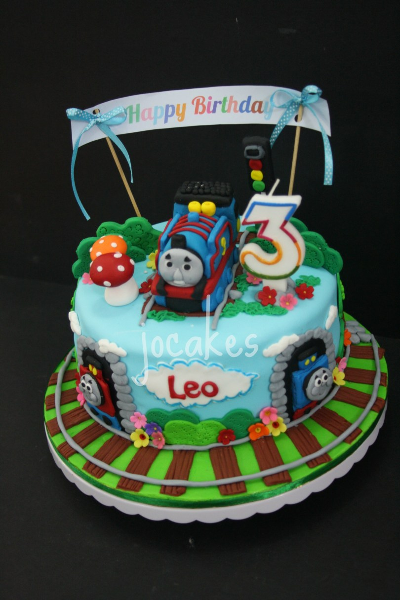 Train Cakes For Birthdays Thomas The Train Cake And Cookies For Leos 3rd Birthday Jocakes