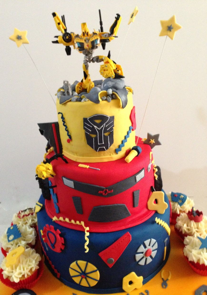Transformers Birthday Cake Transformer Birthday Cake Birthday Ideas Pinterest Transformer
