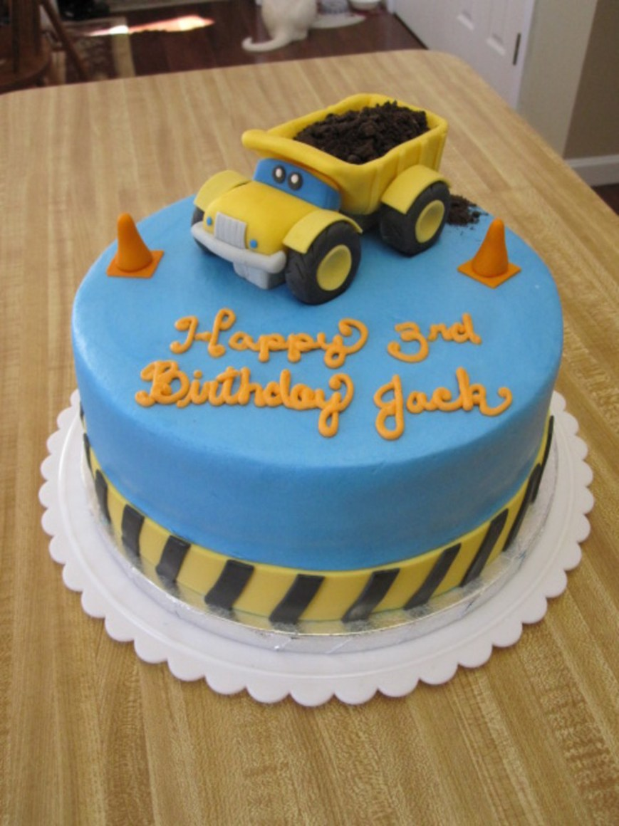 Truck Birthday Cake Dump Truck Construction Birthday Cake Cakecentral