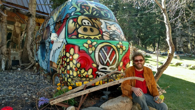 Header: Dave Earthship bus (front)