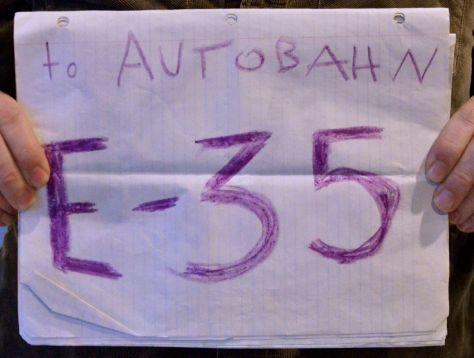 to Autobahn E-35