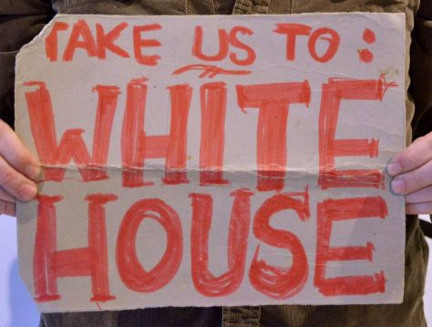 Hitch-hiking sign to The White House