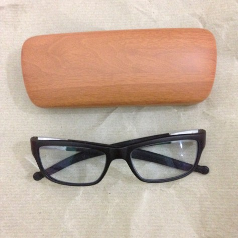Specs:Specs & case: India, Items AssembledIndia, Items Assembled