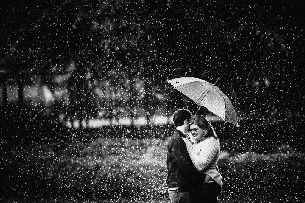Pullen-Park-Engagement-Photos-Raleigh-Wedding-Photographer-9-1024x681