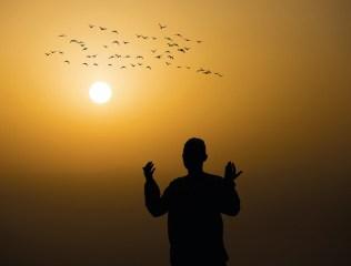 ibadetle-Yoğrulmuş-Hayatlar-1