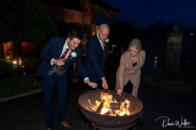 -Hazel-Gap-Barn-Wedding-Photography-|-Nottinghamshire-Wedding-Photographer-37.jpg