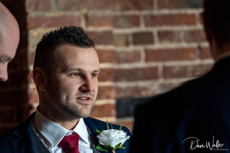 -Hazel-Gap-Barn-Wedding-Photography-|-Nottinghamshire-Wedding-Photographer-9.jpg