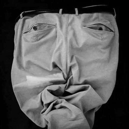 Pants that resemble a face