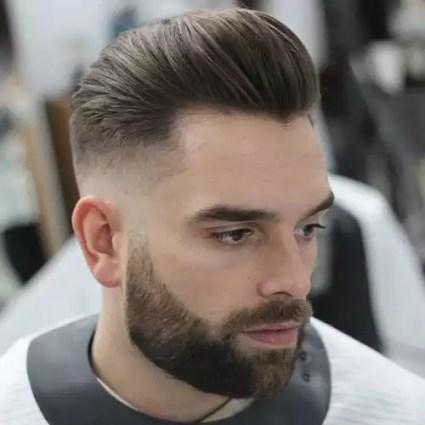 fryzury męskie 2019 średnie pompadour