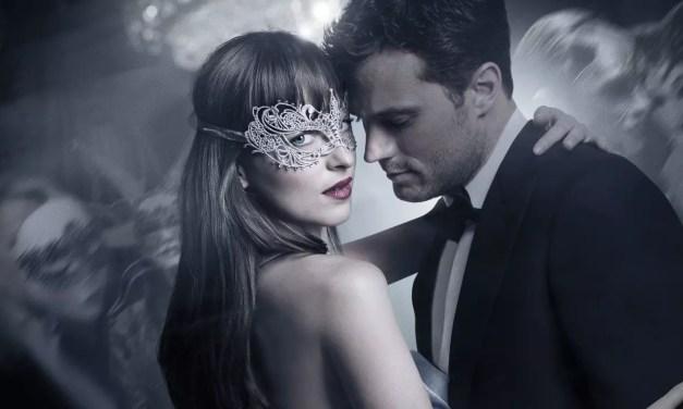 Fenomen 50 Twarzy Greya – dlaczego kobiety kochają ten film?