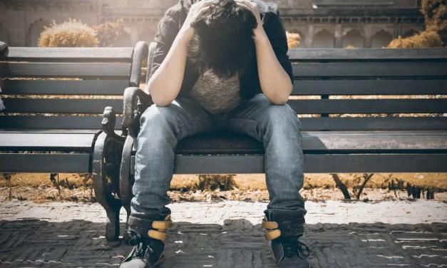 Samobójstwa mężczyzn w Polsce – rosnące i niepokojące zjawisko