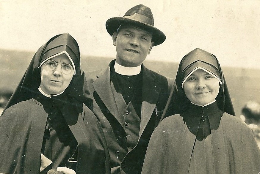 1939 Fr.Patrick Malone and his sister (mum's cousins)