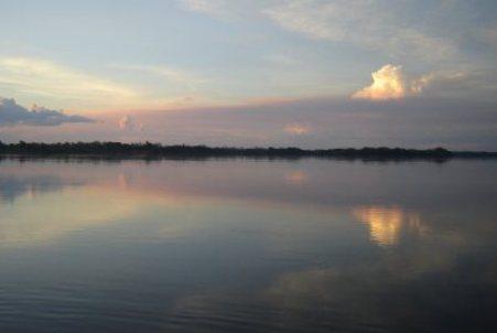 Com a construção das barragens, a queda no volume de peixes atingiu todos os pescadores locais (Foto: Reprodução)