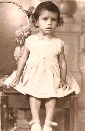 Maria Norinha na infância, quando vivia na área rural de Paranavaí (Foto: Acervo Familiar)