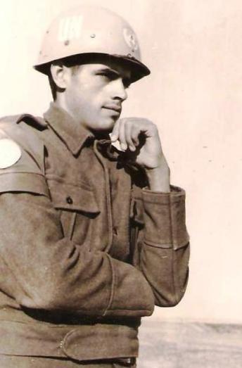 Renato Esteves ingressou no Batalhão de Suez com 23 anos (Foto: Acervo Familiar)