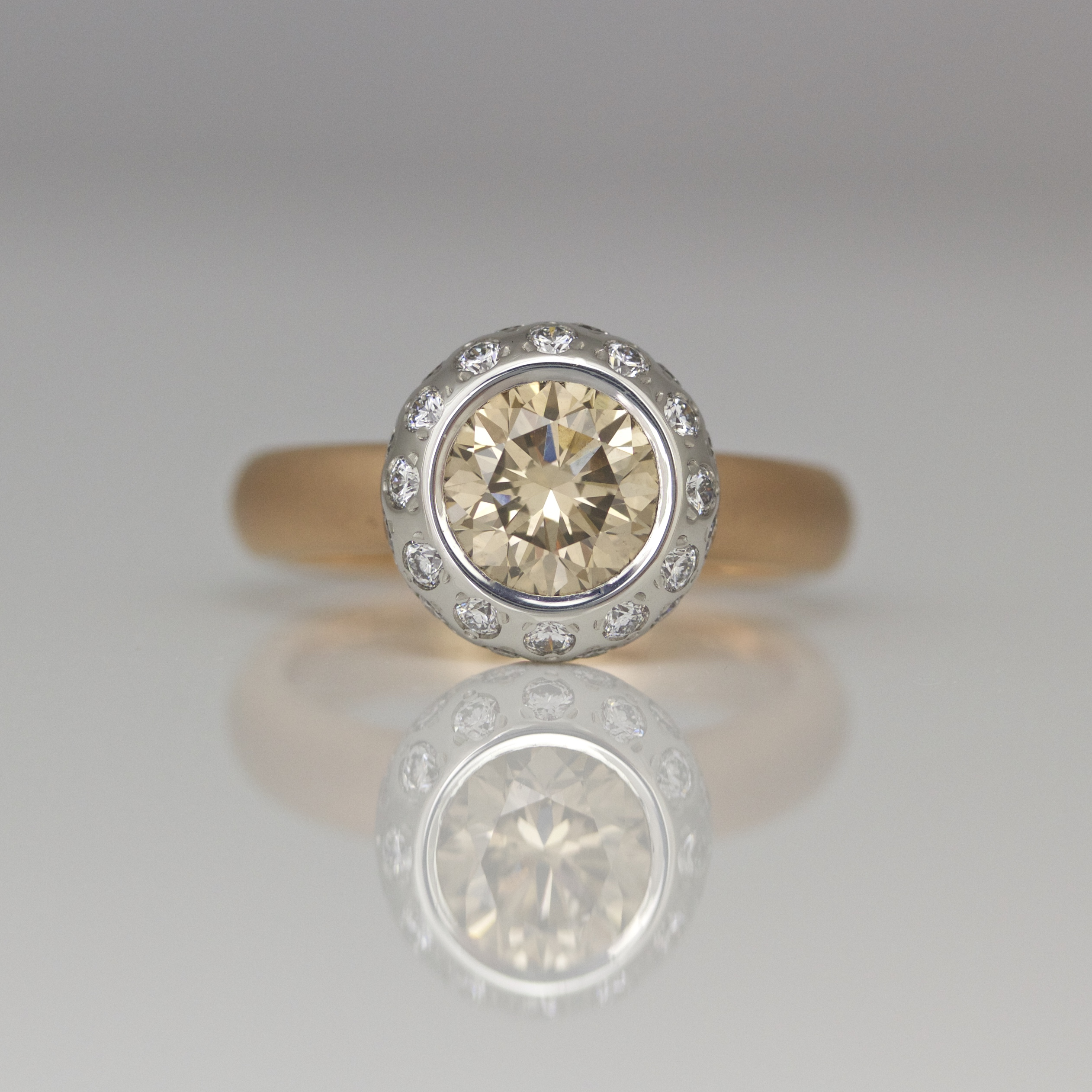 tw gold diamonds ring in champagne diamond with pink