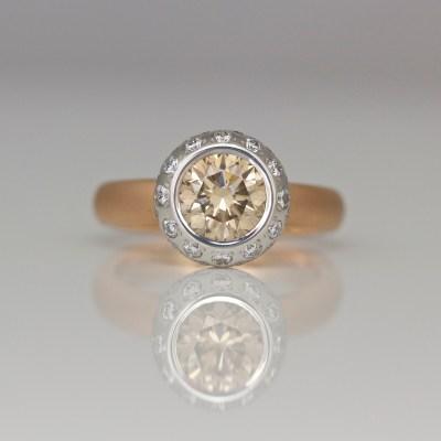Contemporary pink diamond ring