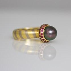 Tahitian pearl ruby ring