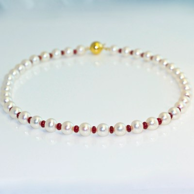 Contemporary ruby pearl necklace