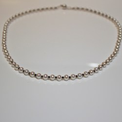 Black diamond & white pearl necklace
