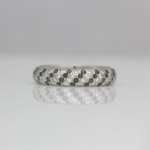 Black & white diagonal stripe ring in platinum