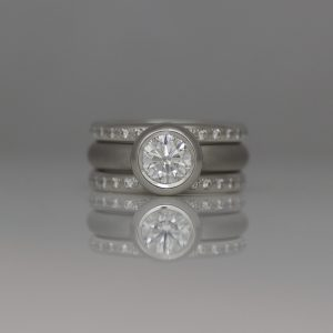 Contemporary Platinum Diamond ring set