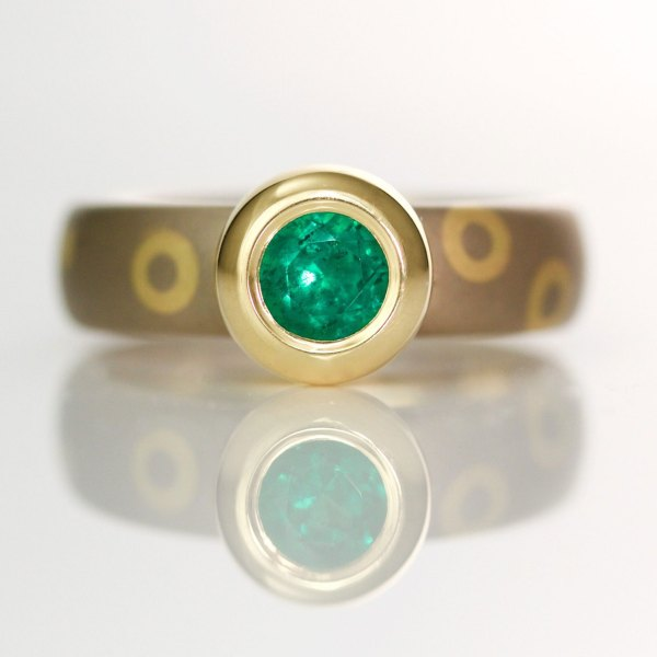 Modern emerald ring 1017 david ashton