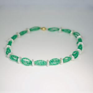 Emerald & pearl necklace