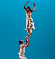 "Cirque Eloize ""Nebbia"" - Lobero Live! 4/17/09 Lobero Theatre"