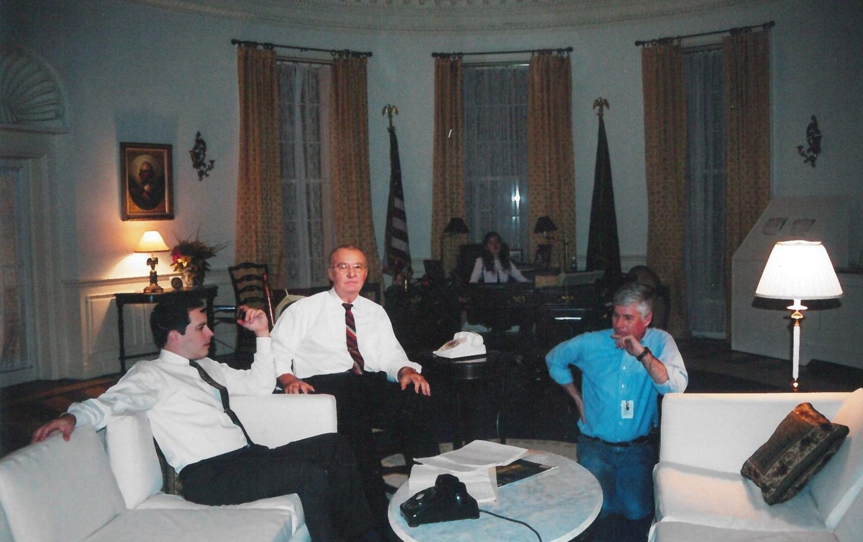 Oval Office with actors