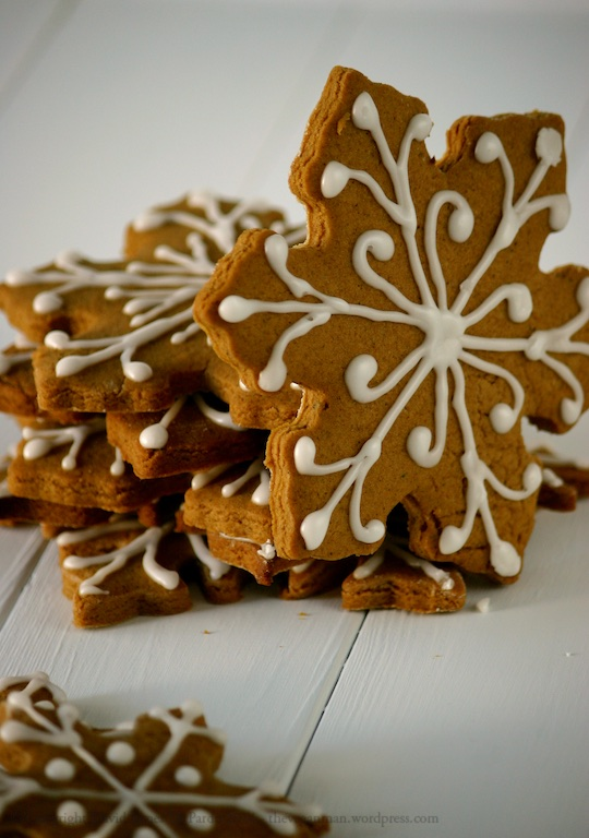 Gingerbread Snowflakes 01