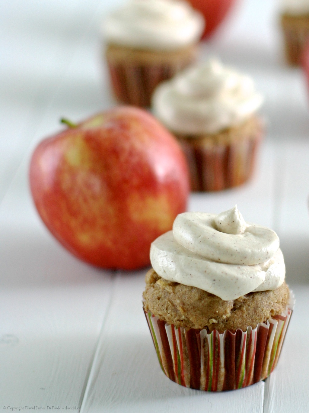 Vegan Apple and Cinnamon Cupcake Recipe