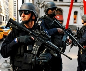 Military-Police-Zuccotti