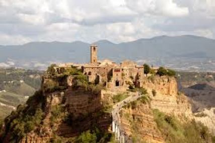 Civita (Bagnoregio) - Wikipedia