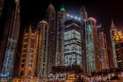 Dubai - Di notte, il centro di Dubai ricorda un fotogramma di Blade Runner, bello e inquietante.