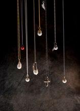 Jewlry, kvindes juvel © David Hamilton Melby