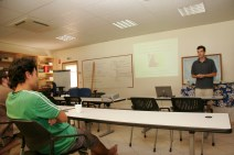 Outreach talk to the Association Te Pū 'Atiti'a, Gump Station, Mo'orea, Society Islands