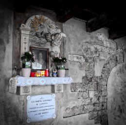 Shrine in the dark street of Sottoriva